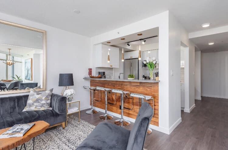 condo/studio living room